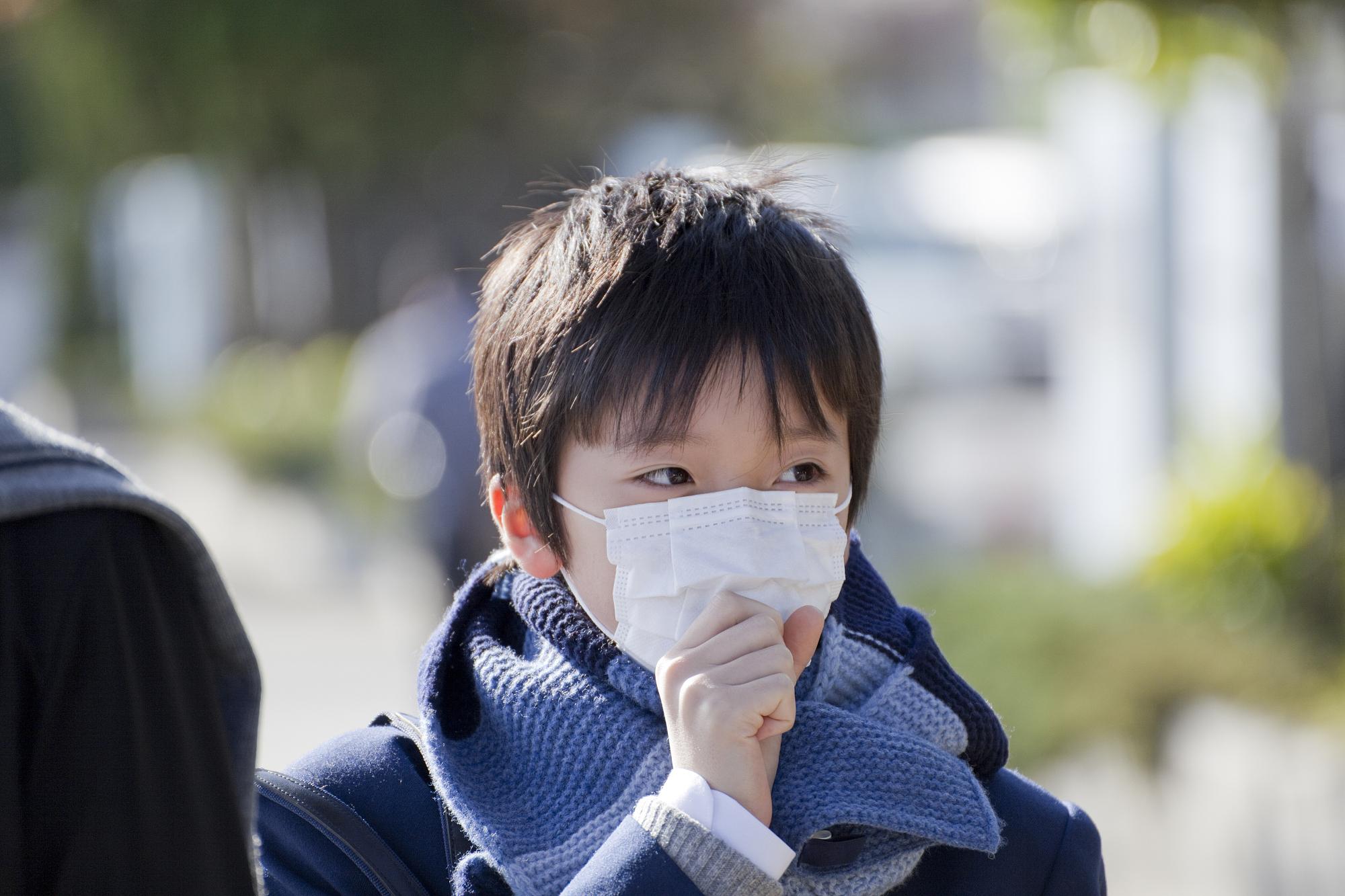 学生戴不戴口罩是个科学问题