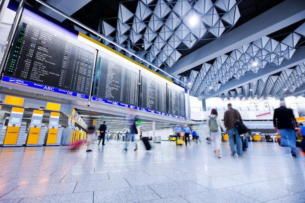 民航局:武汉机场复航首日保障11714人次旅客安全出行