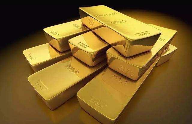 国际金价多重因素导致升至七年新高