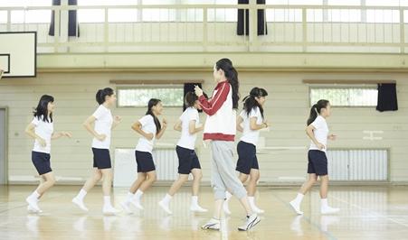 教育部:低风险区学生参加体育活动不需口罩