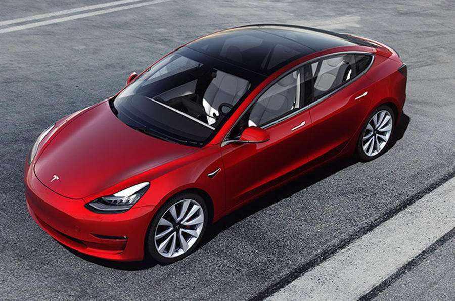 搭载磷酸铁锂版Model 3亮相 整车成本再次下探