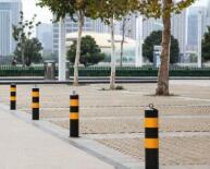 一路一策 淄博主城区9月底前全面完成道路隔离桩整治