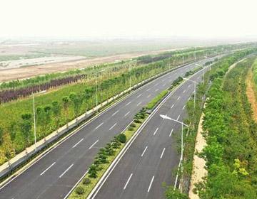 上合示范区道路整治提升工程接近尾声