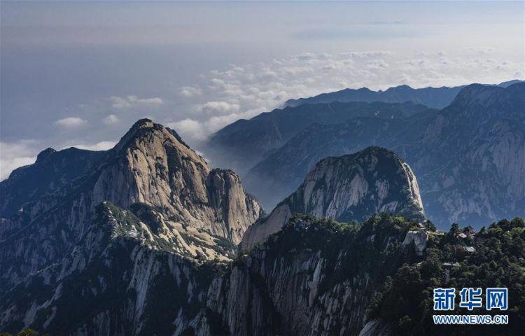(美丽中国)(5)空山新雨后 西岳景色新