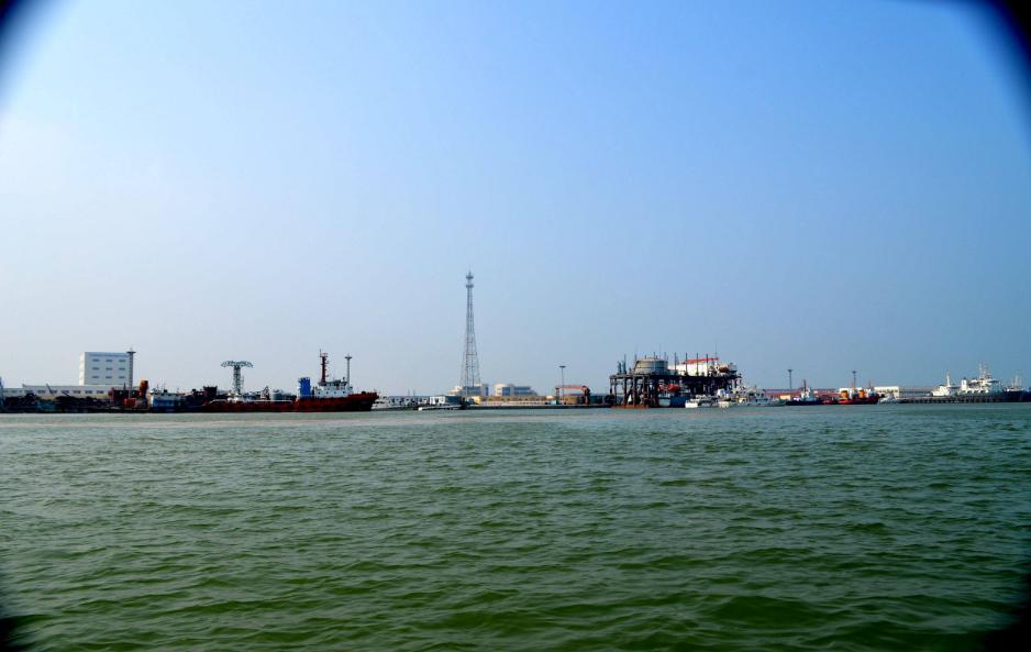 风烈烈 浪滚滚 东营港项目建设干劲十足