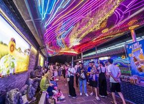 灯光璀璨 景色迷人! 青州古城夜色引游人
