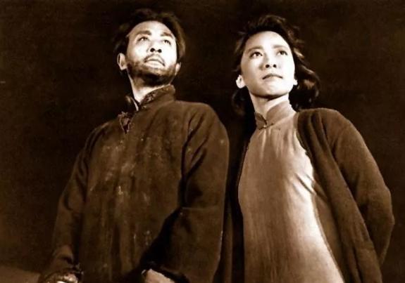 王晓棠等演艺界人士发文悼念于蓝:她是中国电影界的骄傲