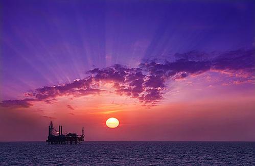 """河口采油厂转换方式让老油田""""逆生长"""""""