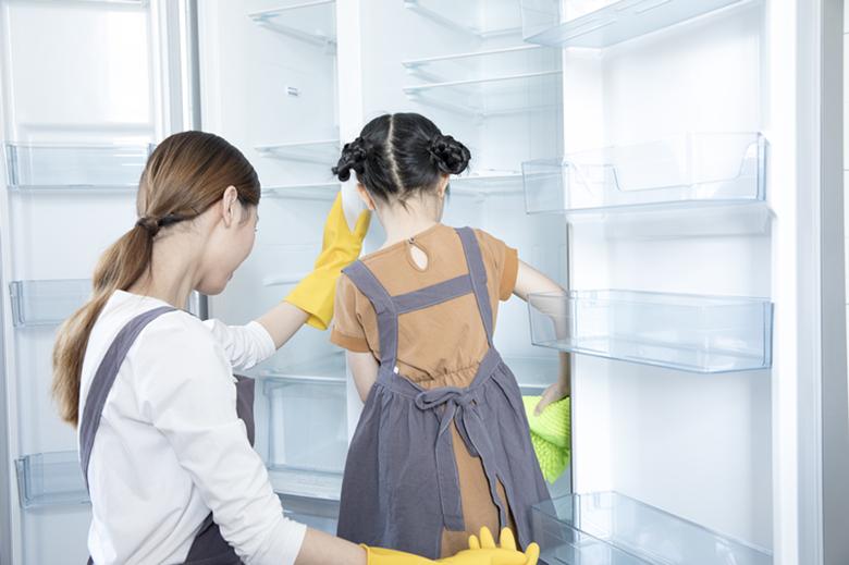 如何给冰箱冰柜清洗消毒?