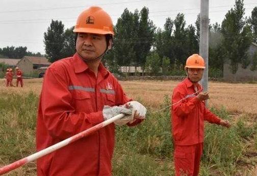 胜利油田优秀党务工作者姜平:用自己的辛苦换取群众的幸福