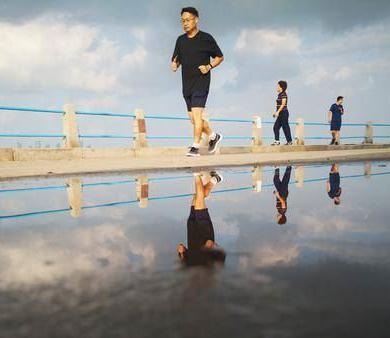 美如画 雨后青岛透出另一种情调