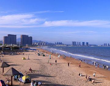 夏日打卡青岛海边 你喜欢哪种享受清凉的模式