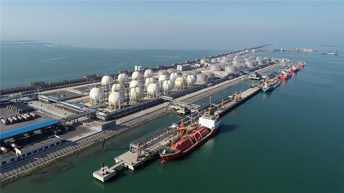 东营港经济开发区上半年完成工业产值496亿元 创同期历史新高