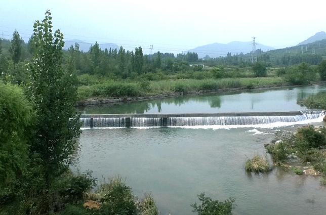 32秒|河水傾斜而下,似串串珍珠!雨后的棗莊山亭美呆了