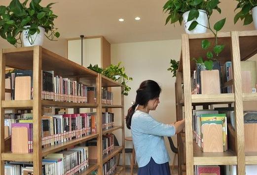 民生实事年中报   网红新地标 处处飘书香