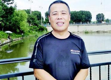 潍坊昌乐两教师跳河救起落水男子,脱险后悄然离开现场
