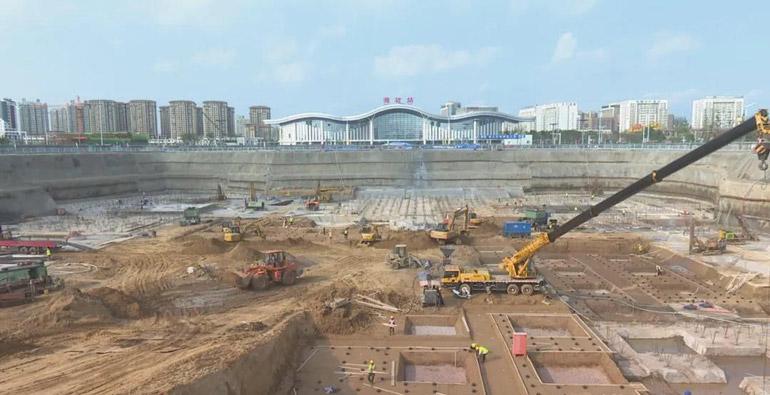 潍坊市站南城市景观广场主体工程年底完工