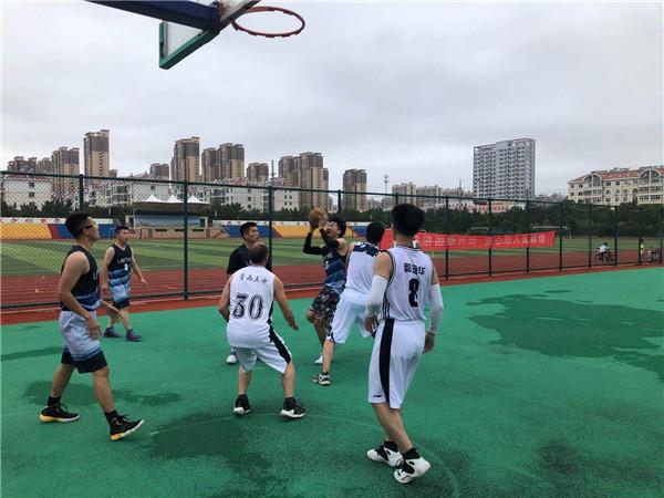 第九届西海岸公益联盟篮球赛预选赛开幕