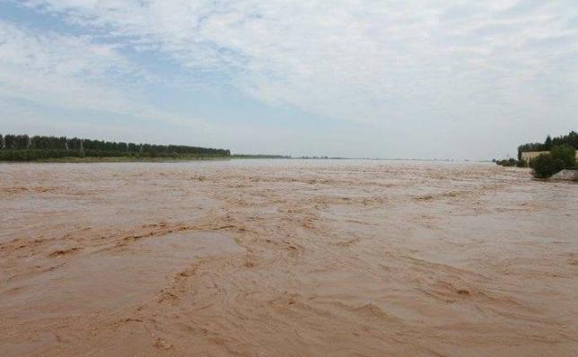 受黄河洪水及东平湖加水叠加影响,黄河河口段有一次大流量过境