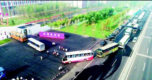 山东农业工程学院淄博校区 迎来1200多名报到师生