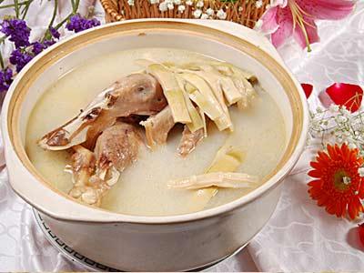 防燥护阴,一起来喝鸭汤