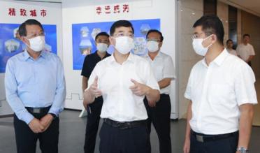 张海波调研科技创新平台建设工作