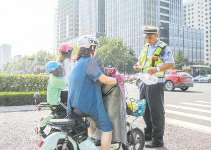 日照:严查电动自行车无牌行驶