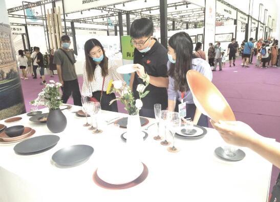 从本地陶瓷创新到世界名窑荟萃 第二十届陶博会更加凸显国际范