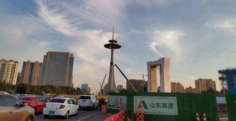 北海路通亭街灯塔开拆,陪伴潍坊市民23年