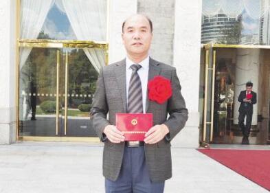 """淄博抗疫功臣获国家级表彰丨刘景春:59岁""""老将""""坚守抗疫一线"""
