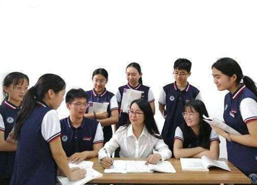 潍坊以机制创新引领建设高素质教师队伍