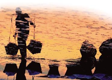 """""""盐三代""""笔下的抗战烽火丨潍坊市民以潍北盐民抗战故事为背景创作小说"""