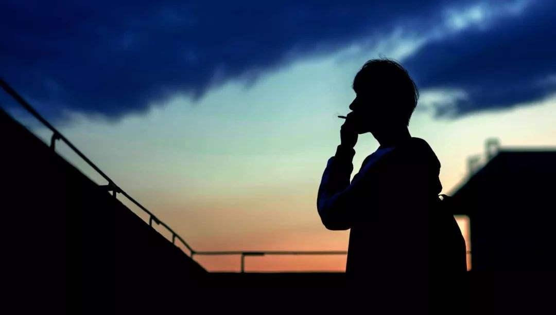 除了避免被动吸烟,预防肺癌还应注意什么?