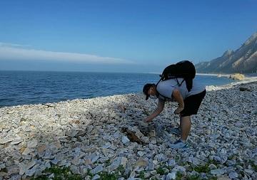 """微视频丨海中有邻!追着""""江豚冢""""的足迹保护大海的""""微笑天使"""""""