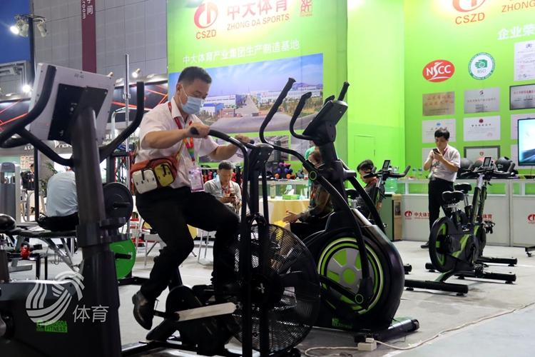 2020年中国国际体育用品博览会举行 山东参展商亮点多