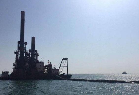 东营港区北防波堤10万吨级5#-6#油品化工泊位工程推进中