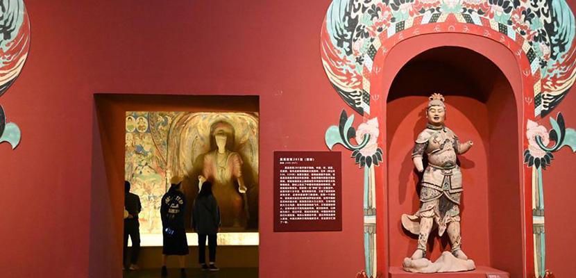 中国三大石窟在河南洛阳首次联袂开展
