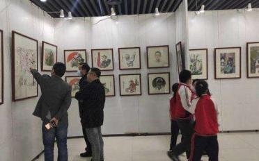 """东营市""""同心战'疫'·你我同行""""优秀艺术作品展开幕"""