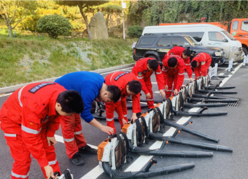 泰山管委消防队补充防火物资开展实战演练