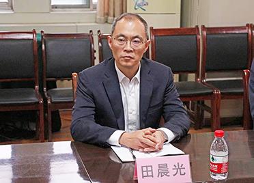 陵城区委书记田晨光、区长李希岩督导调研疫情防控和开发区体制机制改革工作