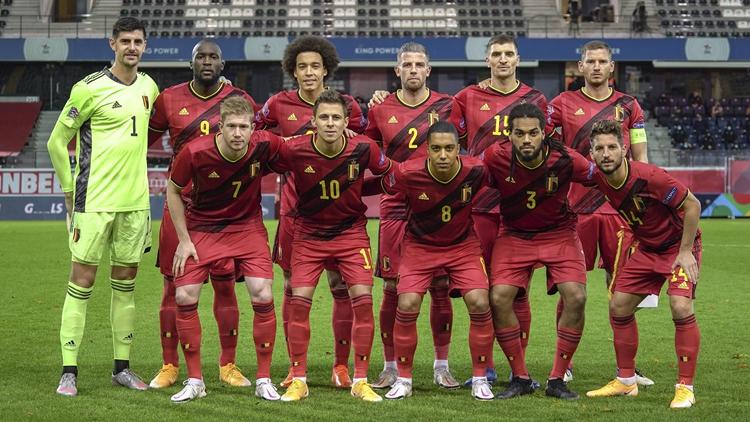 梅尔腾斯任意球破门 比利时2-0英格兰居头名