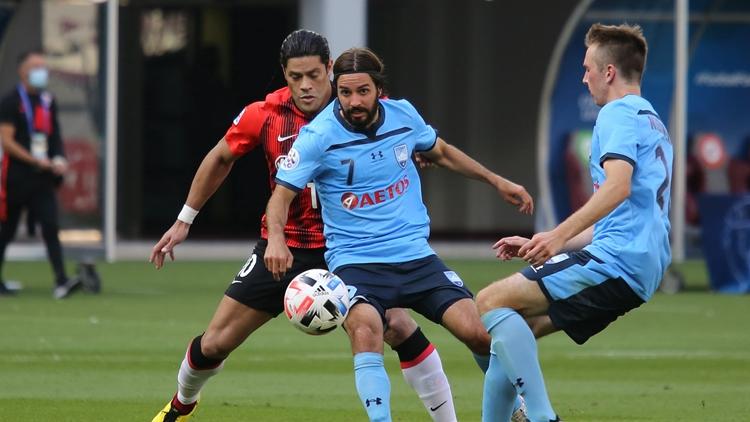 李圣龙头球双响 上港2-1逆袭悉尼FC夺开门红