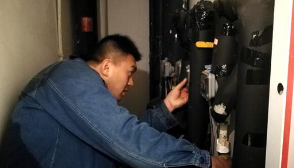 你家暖气热了吗?临沂新城热力服务人员入户探冷暖