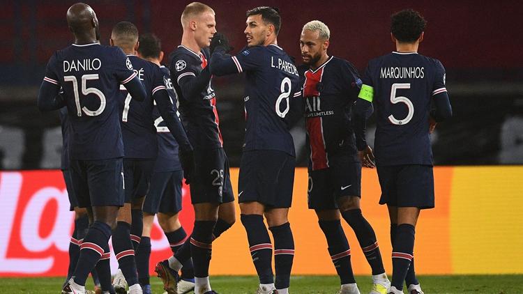 内马尔戴帽姆巴佩2射1传 巴黎5-1头名晋级
