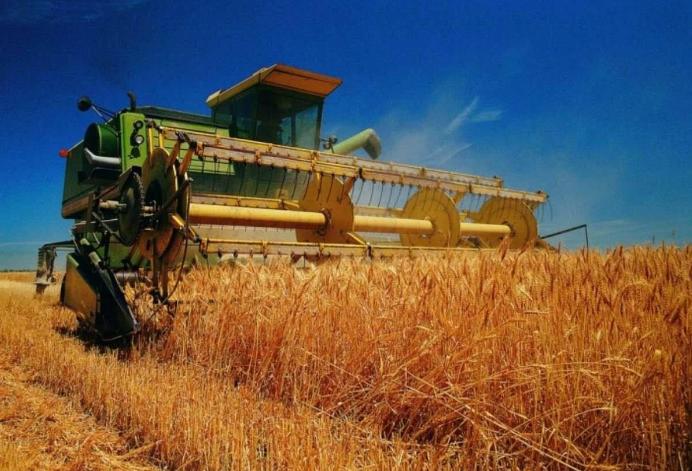 东营区成功创建全国主要农作物生产全程机械化示范县