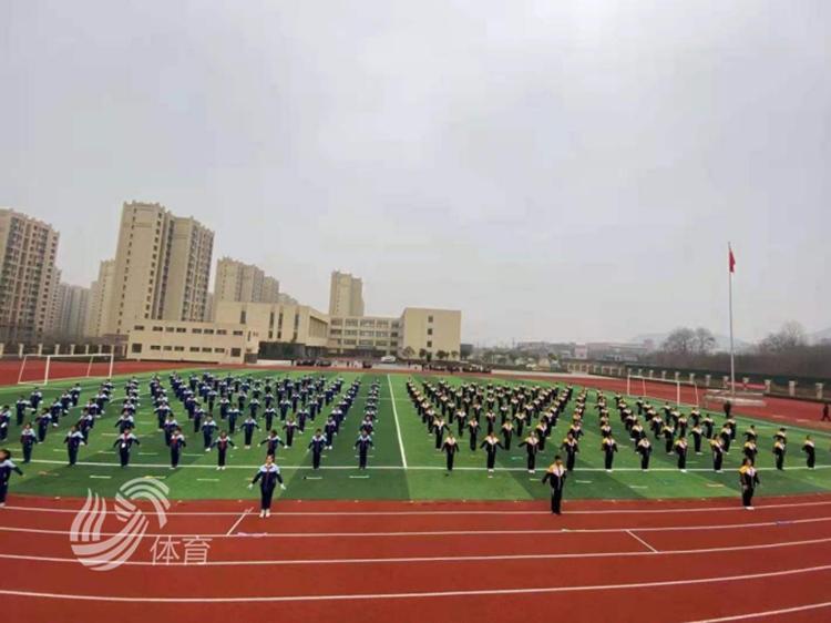 青春活力!百人校長團赴歷城見證繩縱陽光大課間