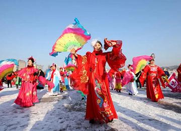 喜庆又精彩,威海人的新年第一天这样开启