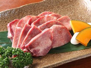 """年节将至 肉类价格""""牛气冲天"""""""