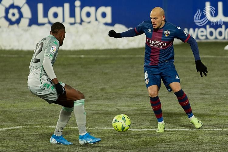 曼迪头槌破门 贝蒂斯2-0客胜韦斯卡