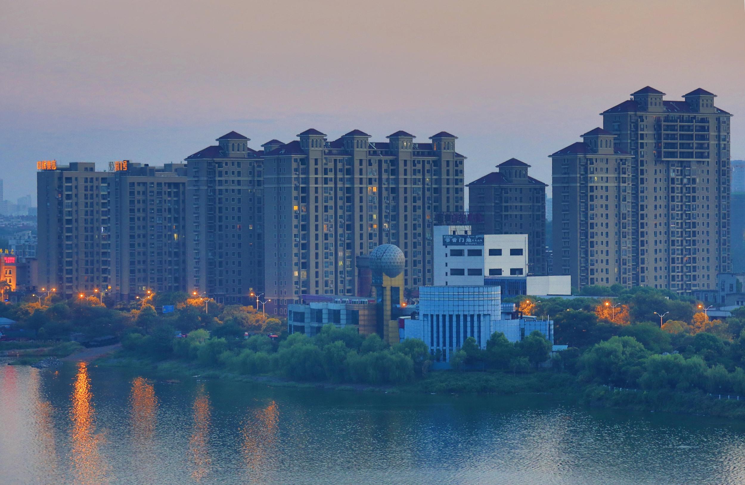 上海个人住房房产税试点继续执行